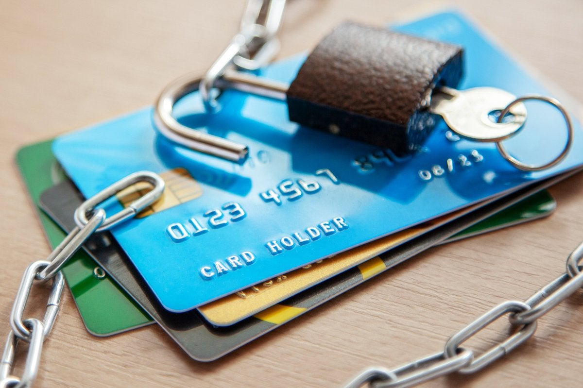 Credit Card Fraud Reports Spiked 24 Last Year Here S How To Protect Yourself