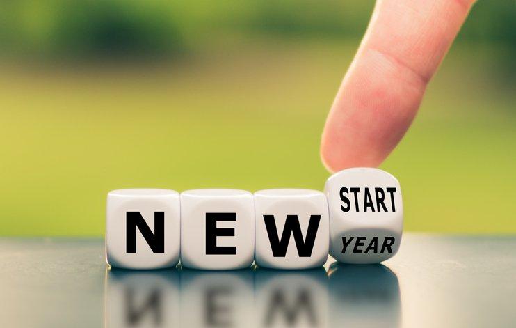 "Blocks reading ""New Start, New Year."""