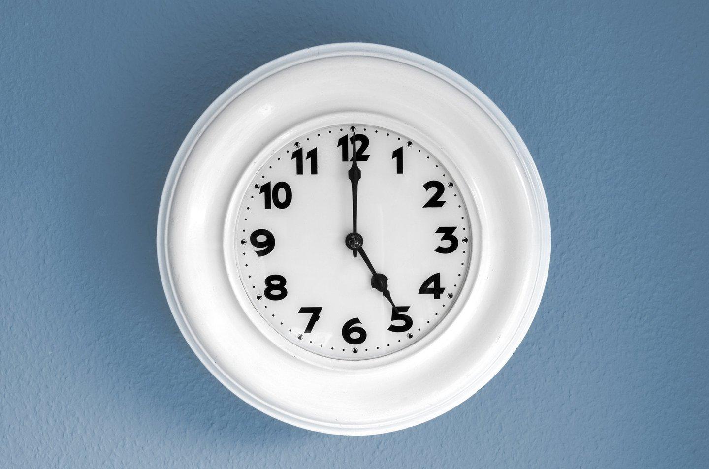 5 o clock