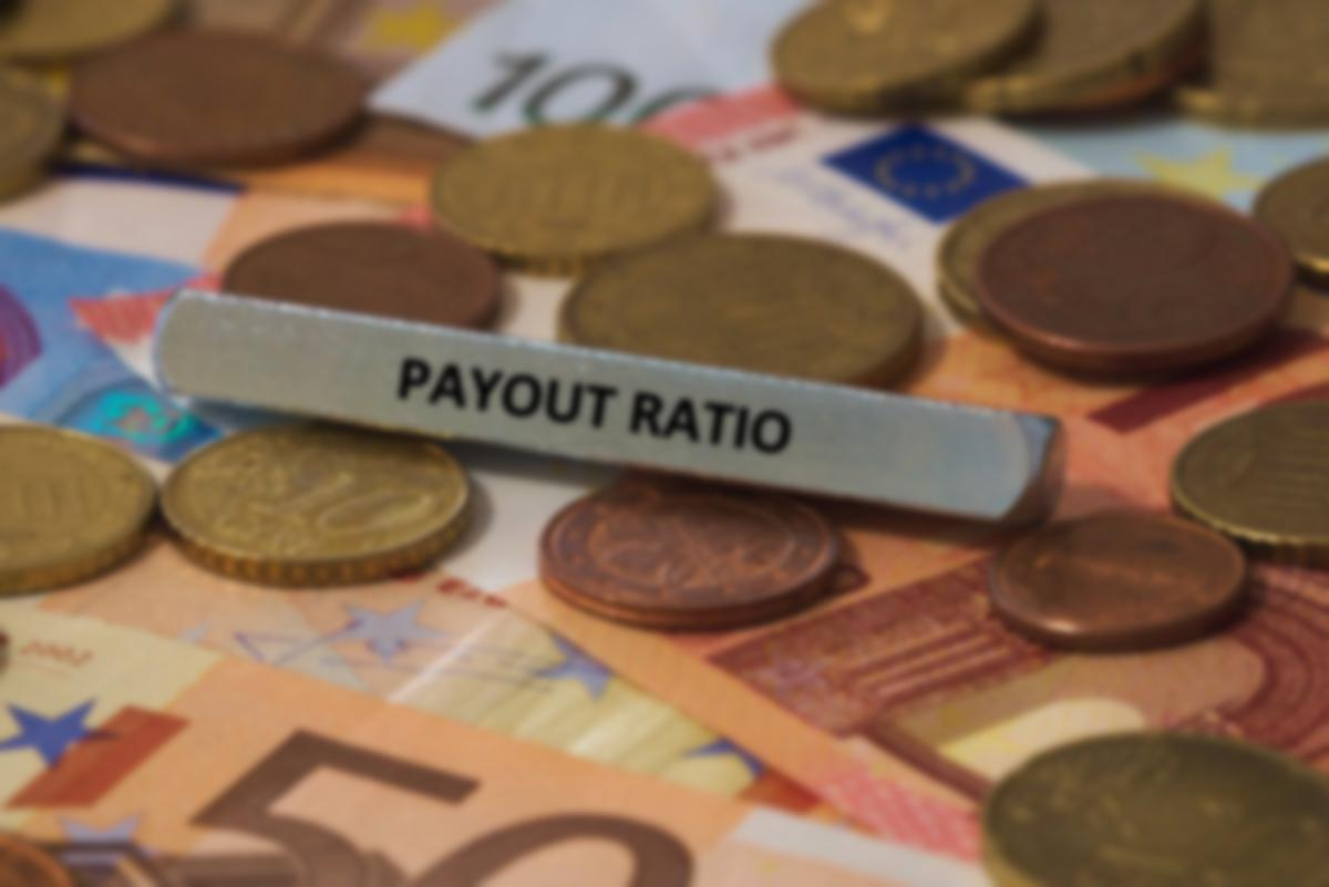 payout ratio sign on money