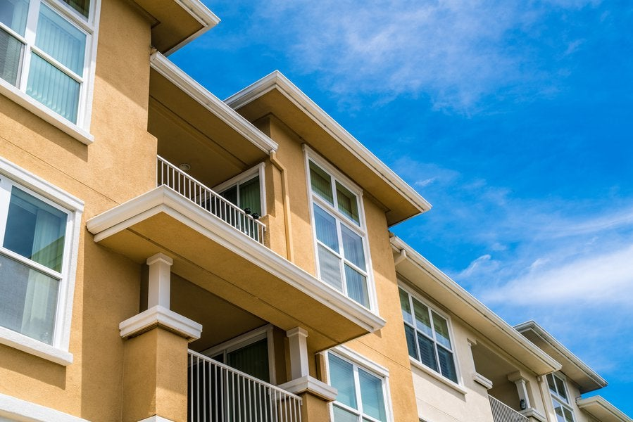 3 Top Multifamily REITs to Buy