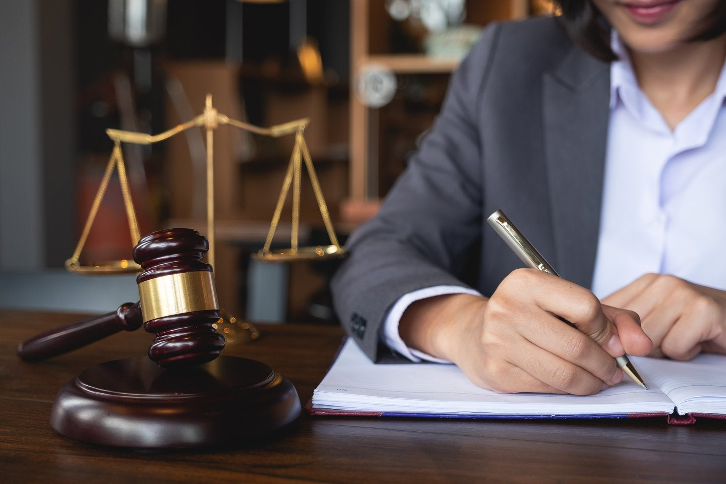Things You Must Ask A Real Estate Attorney Before Hiring Him