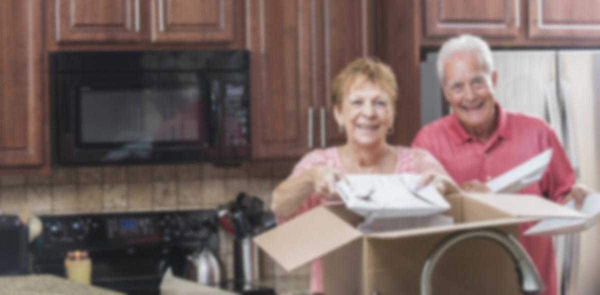 older couple downsizing