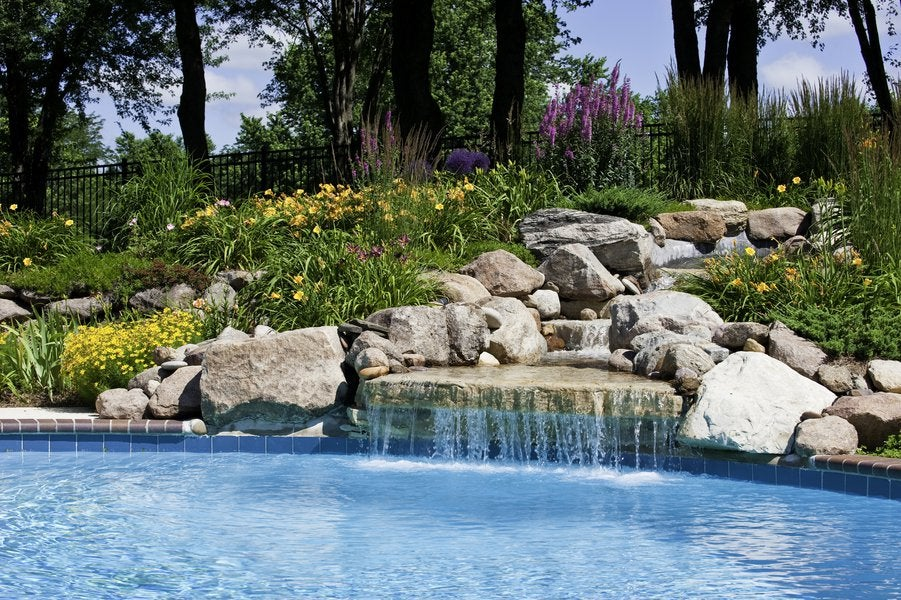 6 Features to Consider for Your In-Ground Pool