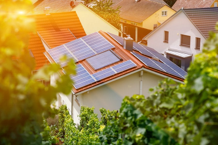 What Homeowners Need to Know About Solar Panel Loans