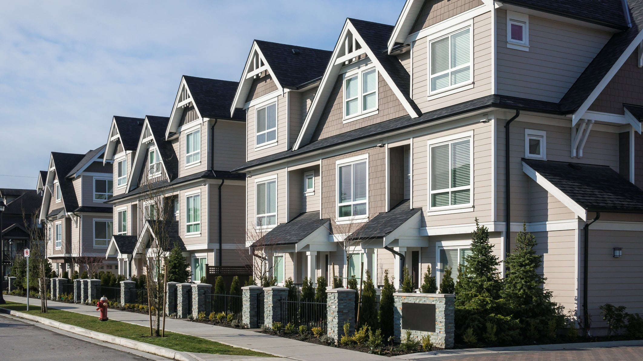 Townhouse Pros and Cons