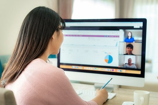 8 Essential Tips for Managing Remote Teams in 2020