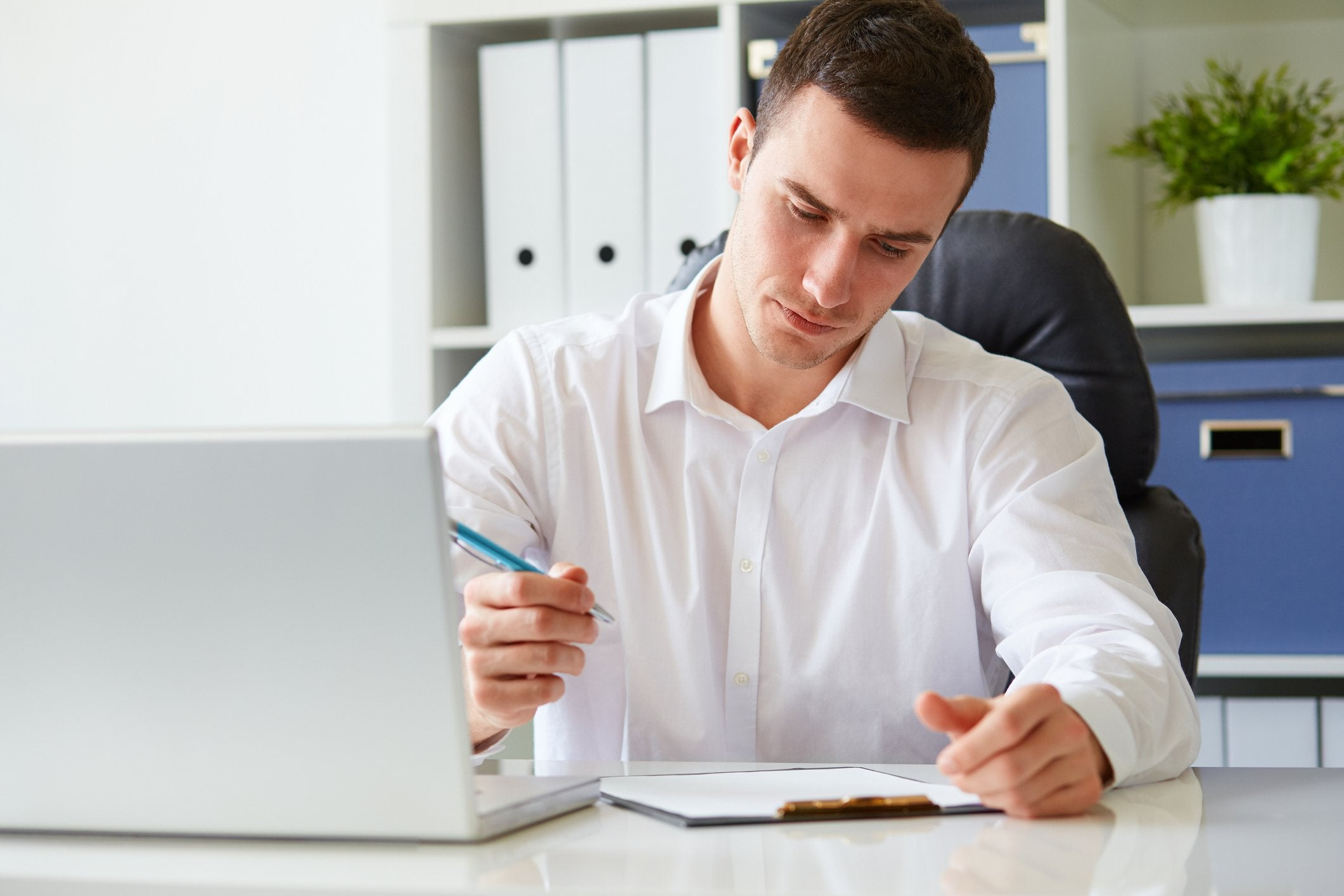 Your Step-by-Step Checklist for Applying for an SBA 7(a) Loan