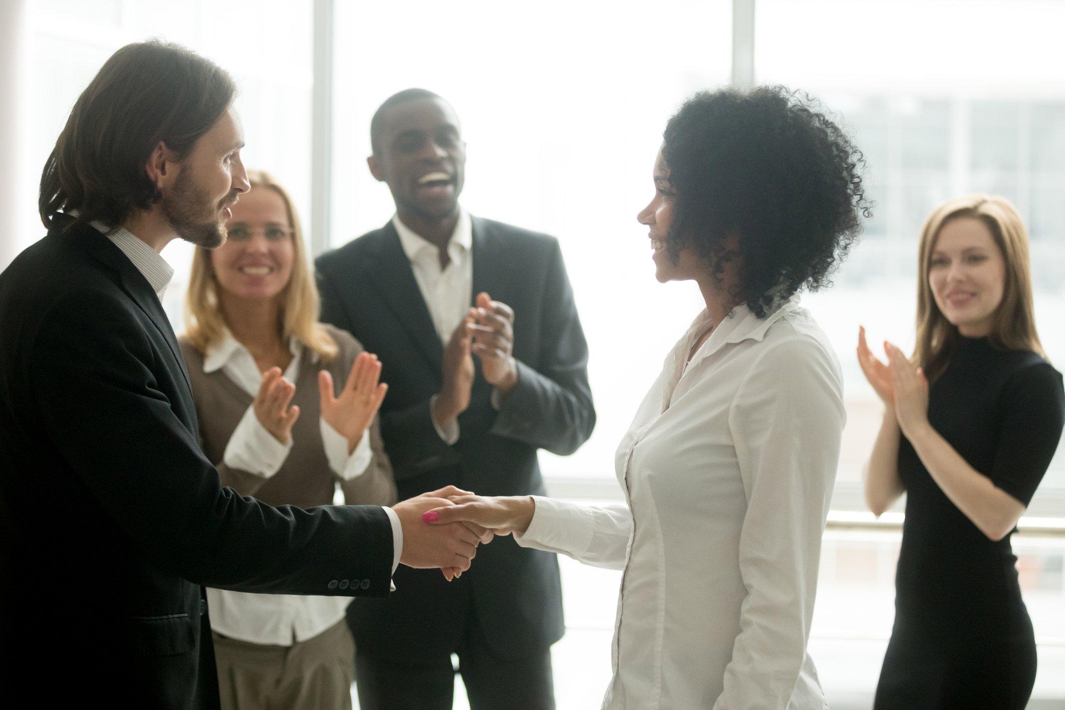 6 Employee Appreciation Ideas to Keep Employees Happy