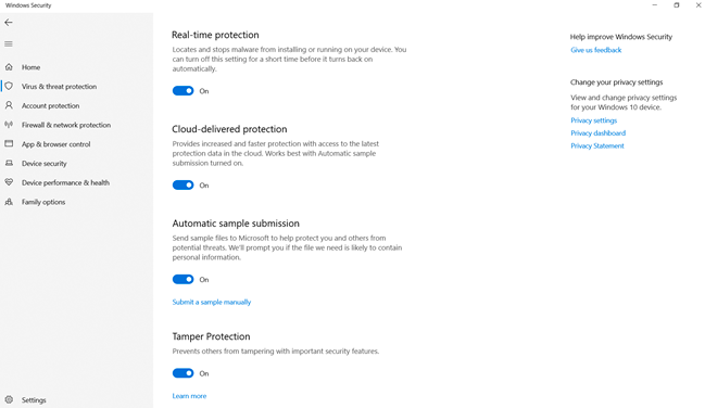 The settings screen shows several security options available in Microsoft Defender Antivirus.