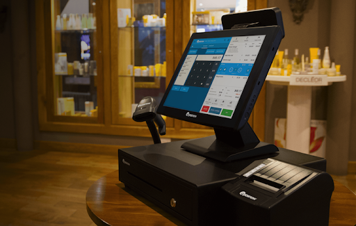 Epos Now restaurnat POS system on top of table